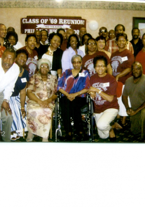 Class Members with 40th Reunion Guest Speaker and 1969 Class Advisor, Mrs Nellie Hunter